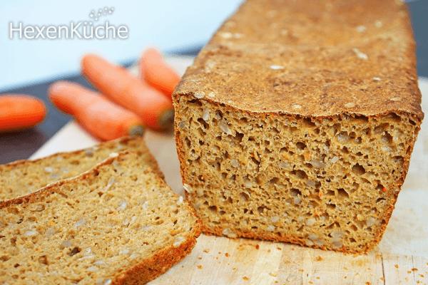 Saftiges Dinkel-Möhren-Brot