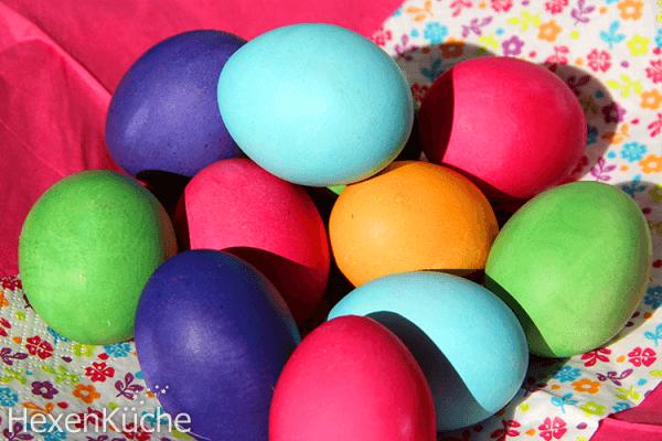 Eier färben und kochen in einem Schritt im Thermomix